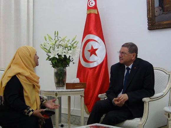 رئيس الحكومة يتعهد بدعم عائلة الشهيد أيمن مرجان