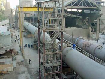 الجزائر: إنشاء مصنعي اسمنت لإنتاج 3 ملايين سنويا