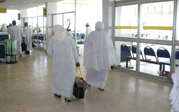 وزارة الشؤون الدينية توضح بخصوص تعطل رحلات العمرة ...