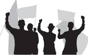 جبل الجلود : محتجون يغلقون الطّريق على مستوى مصنع الإسم ...