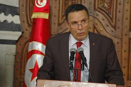 """وزير الدفاع: تنظيم """"داعش"""" لا يُشكلّ خطرا مباشرا على تون ..."""