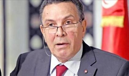 """وزير الدفاع: """"داعش"""" قريب من تونس… ونُعارض أي تدّخل أجنب ..."""