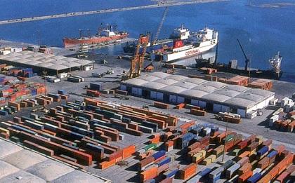 ميناء رادس :تعطل حركة التوريد والتصدير