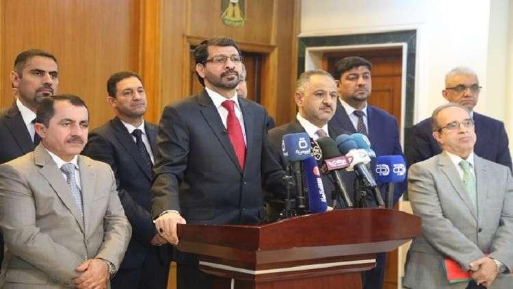 العراق: أوامر باعتقال 17 وزيرا متهما بالفساد