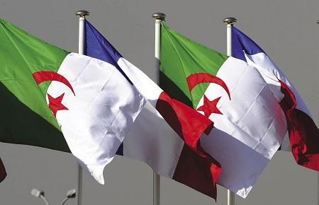 الجزائر تسلم فرنسا مقترحات بشأن التعويضات عن التجارب النووية