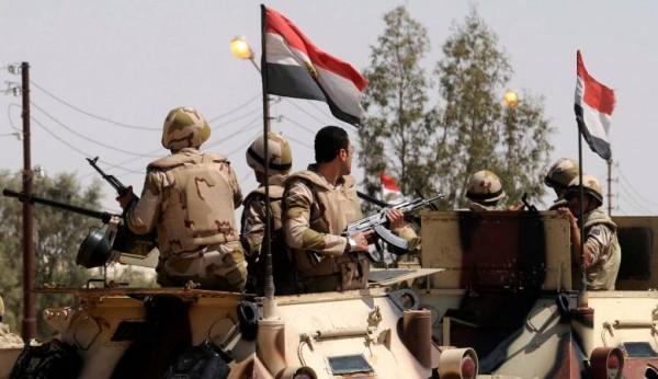 مقتل 3 جنود مصريين في عمليات سيناء