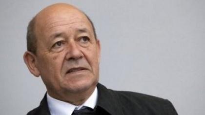 فرنسا تدعو إلى وقف الغارات الجوية بسوريا