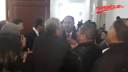 البرلمان: تدافع بالأيدي وشتائم في لجنة الحقوق والحريات (فيديو)