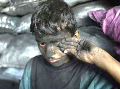 136 ألف طفل في تونس يعملون في مجالات خطرة