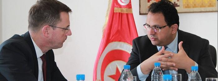 العذاري يبحث مع نائب رئيس المؤسسة المالية الدولية سبل تعزيز التعاون المالي