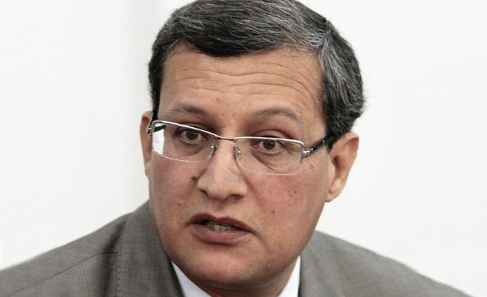 """وزير الطاقة: """"الحكومة ماضية في تنفيذ تعهداتها التنموية"""""""