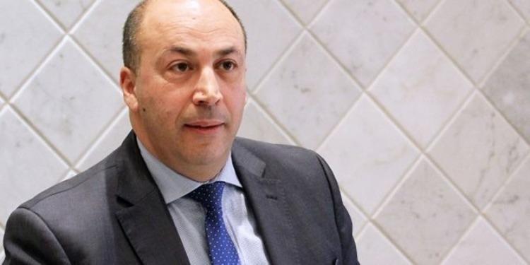 فشل الجلسة التفاوضية بين جامعة النقل والوزير