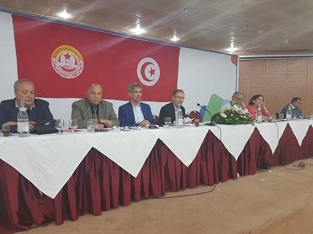 اتحاد الشغل يعلن استئناف الدروس وجامعة التعليم الثانوي تقرر مواصلة تعليقها