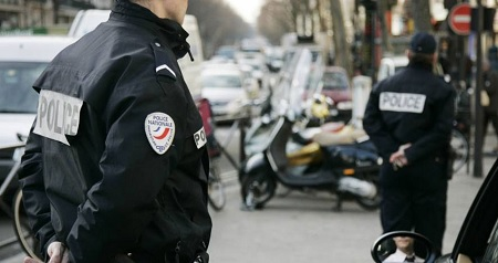 فرنسا: إخلاء موقع سياحي
