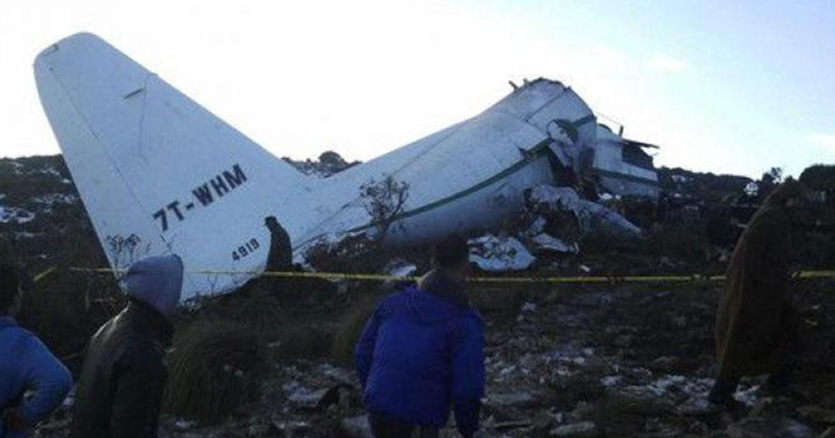 أكثر من 100 قتيل في تحطم طائرة عسكرية جزائرية