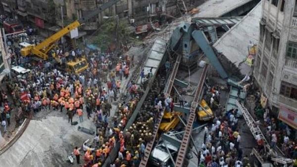 مقتل 20 شخصا بانهيار جسر في الهند