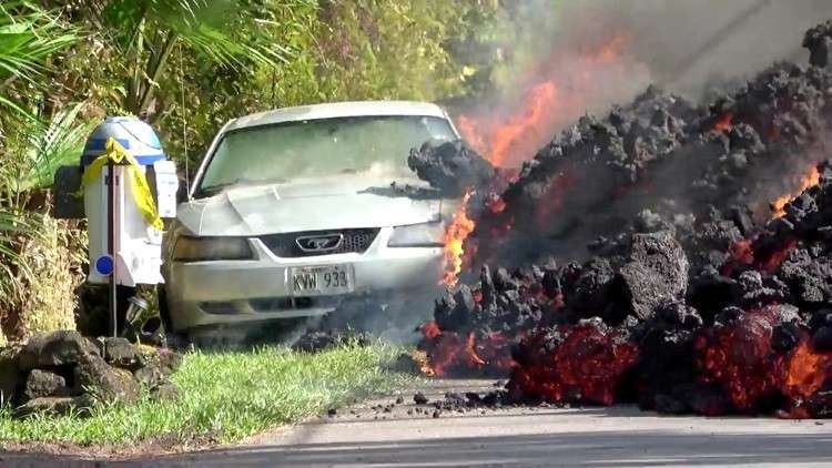 بالفيديو: الحمم البركانية تلتهم هاواي