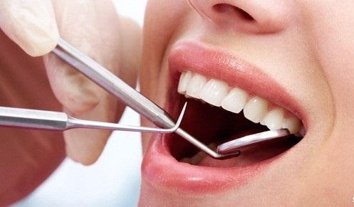 تحديد القيمة الدنيا لعيادة طب الأسنان