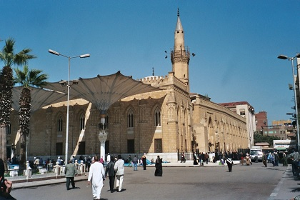 إغلاق 20 ألف مسجد في مصر