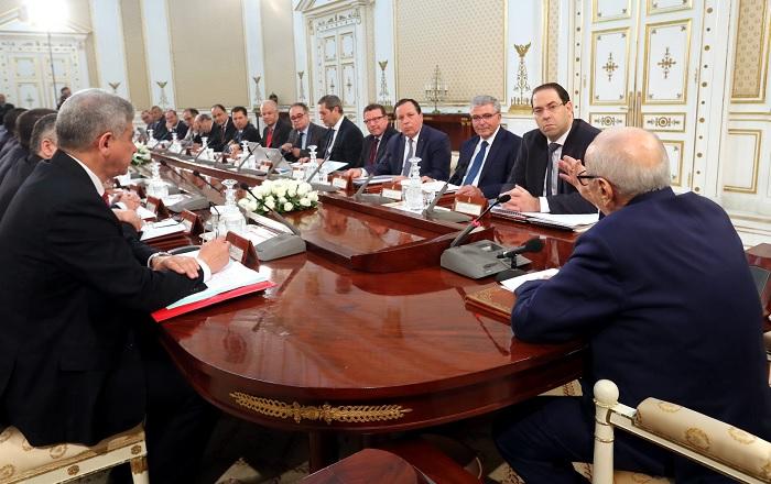 رئيس الجمهورية يشرف على اجتماع مجلس الوزراء