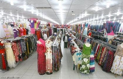 فتح محلات بيع الاقمشة والملابس الجاهزة ليلا بداية من النصف الثاني من رمضان