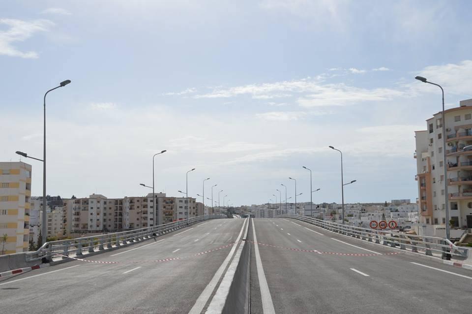 وزارة التجهيز تحذّر من المرور فوق الجسور التي لا زالت في طور الإنجاز