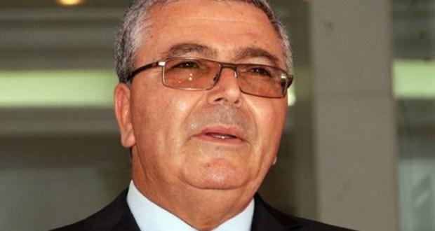 """وزير الدفاع :""""تونس لم و لن تشهد اي انقلاب """""""