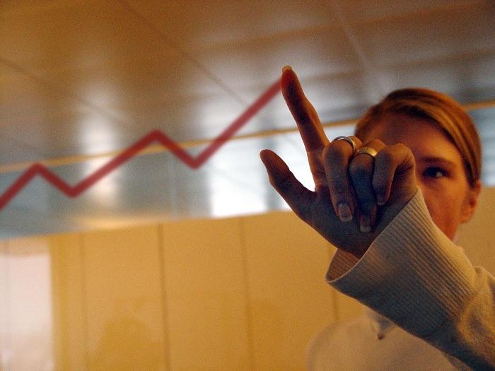 """مؤسسة التمويل الدولية:""""النساء يمثلن سوقا ضخمة وغير مستغلة للبنوك التونسية"""""""
