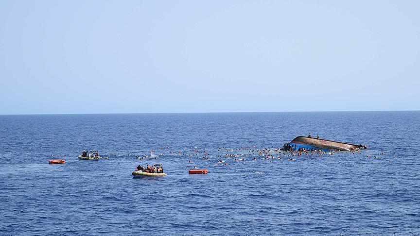 انتشال 46 جثة إثر غرق مركب في عرض سواحل قرقنة