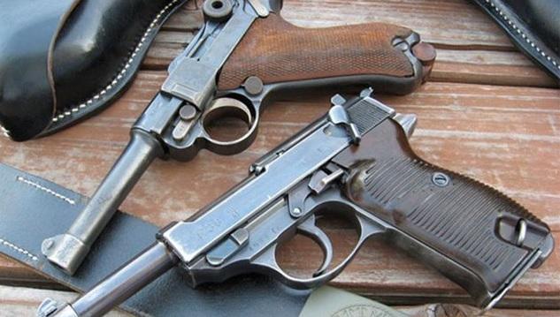 حجز مسدسين على متن يخت سياحي بالمنستير