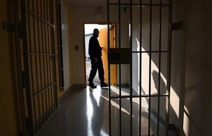 اثيوبيا تقيل مسؤولين بالسجون لعدم احترام حقوق الإنسان