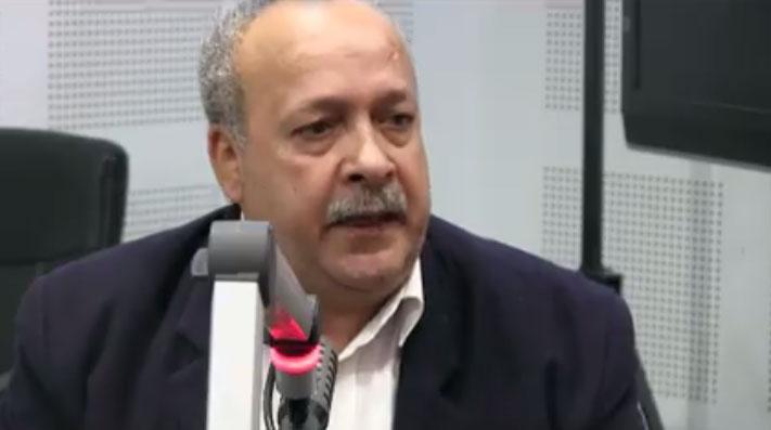 """سامي الطاهري: """"اتحاد الشغل متمسك بتغيير الحكومة"""""""