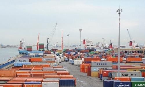 إجراءات وزارة النقل للتقليص من مدّة انتظار السفن بميناء رادس