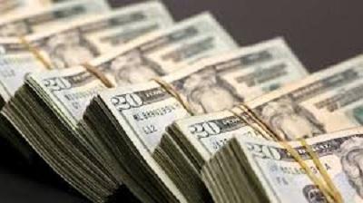 الجزائر تطبع أوراقا نقدية بما يعادل 32 مليار دولار