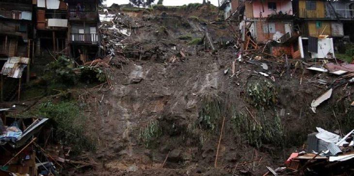 مقتل 31 شخصا في انهيار أرضي بأوغندا