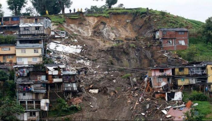 ارتفاع عدد ضحايا انهيار أرضي في أوغندا إلى 43