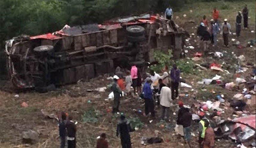 كينيا: مقتل 42 شخصا في حادث مرور