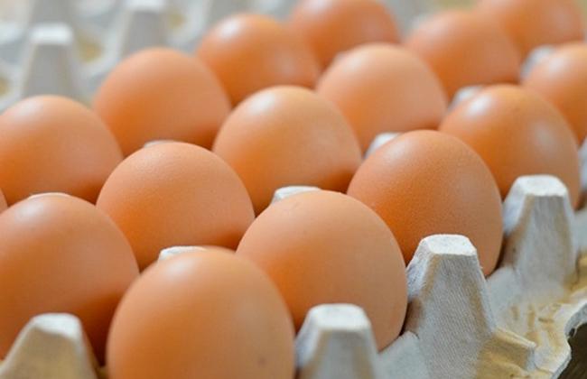 وزارة التجارة تُحدّد الأسعار القصوى لبيع البيض