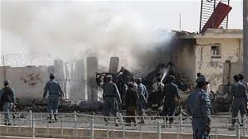 5 قتلى في تفجير انتحاري بوسط أفغانستان