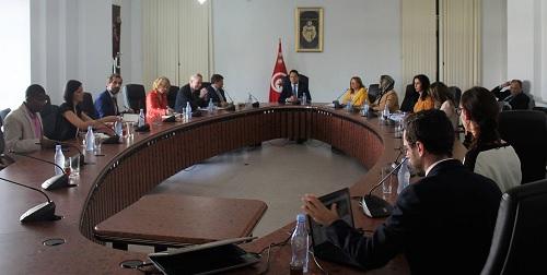 وزير التنمية يطلع على التقرير الأولي الخاص بالبرنامج الخصوصي لدعم ولاية نابل