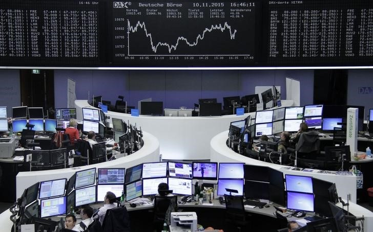 الأسهم الأوروبية تنخفض لأدنى مستوياتها في 20 شهرا