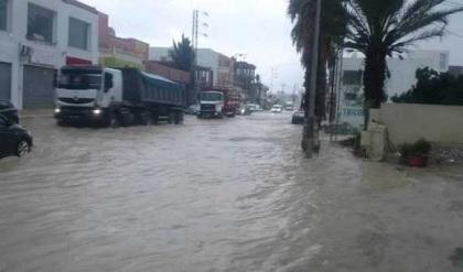 القصرين:المياه تجرف مواطنين بالصخيرات والعيون