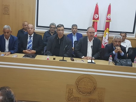 الحكومة تقترح زيادة قارة بين 270 و205 دينار على المرتب الخام