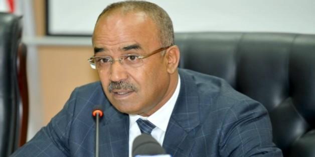 وزير الداخلية الجزائري يؤدي زيارة رسمية إلى تونس