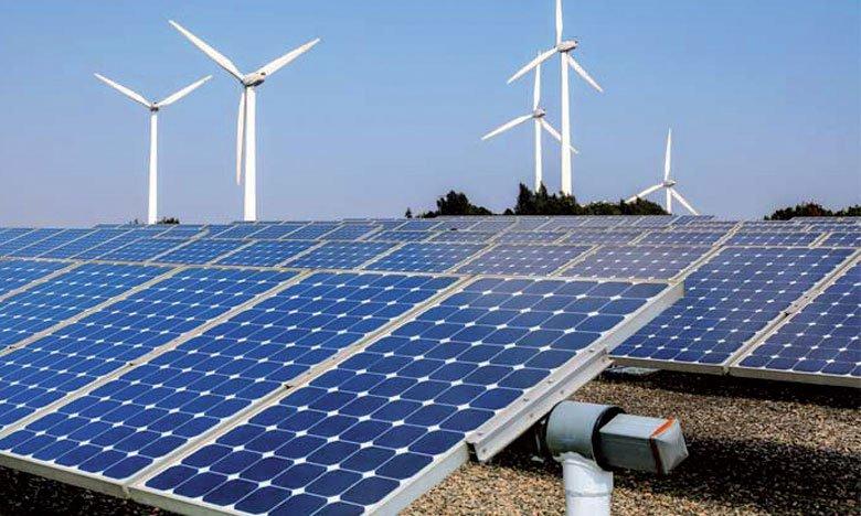 رصد 2,5 مليار دينار لإنجاز مشاريع إنتاج الكهرباء من الطاقات المتجددة