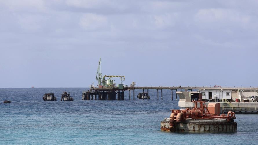 تواصل غلق الموانئ النفطية بشرق ليبيا لليوم السادس على التوالي