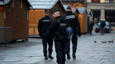 الشرطة الفرنسية تقوم بعملية بحث واسعة عن منفذ اعتداء ستراسبورغ