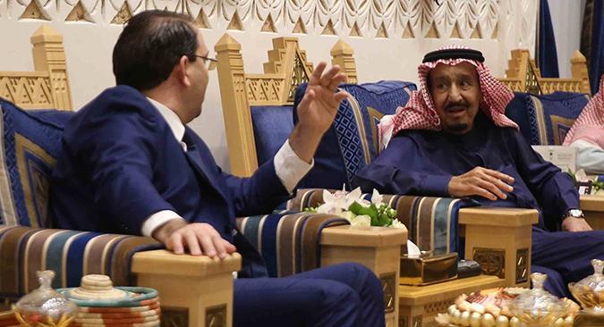 الملك سلمان بن عبد العزيز آل سعود يستقبل يوسف الشاهد