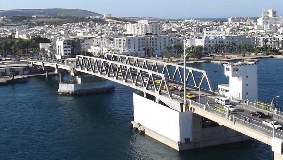 الجسر المتحرك ببنزرت يعود للعمل من جديد