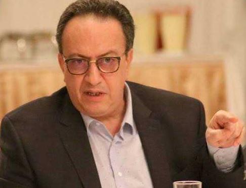 """حافظ قائد السبسي:""""الشاهد يستغلّ موارد الدولة في حملته الإنتخابية"""""""